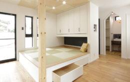小上がりの畳スペース