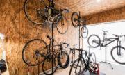 自転車のたくさん置けるガレージ